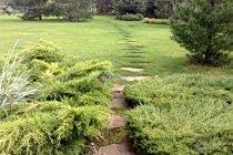 Мощение серо-зелёным песчаником